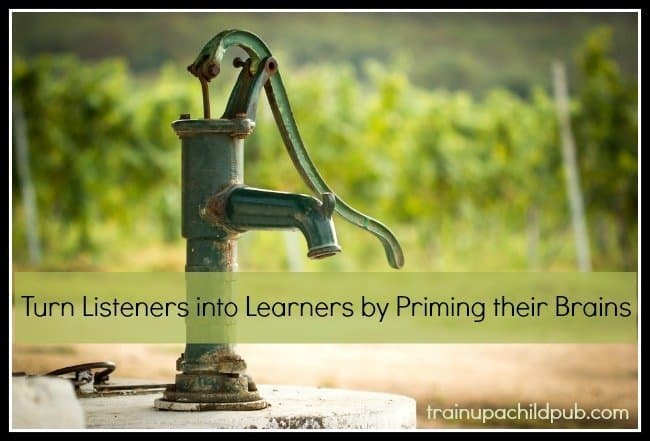 turn listeners into learners by priming their brains
